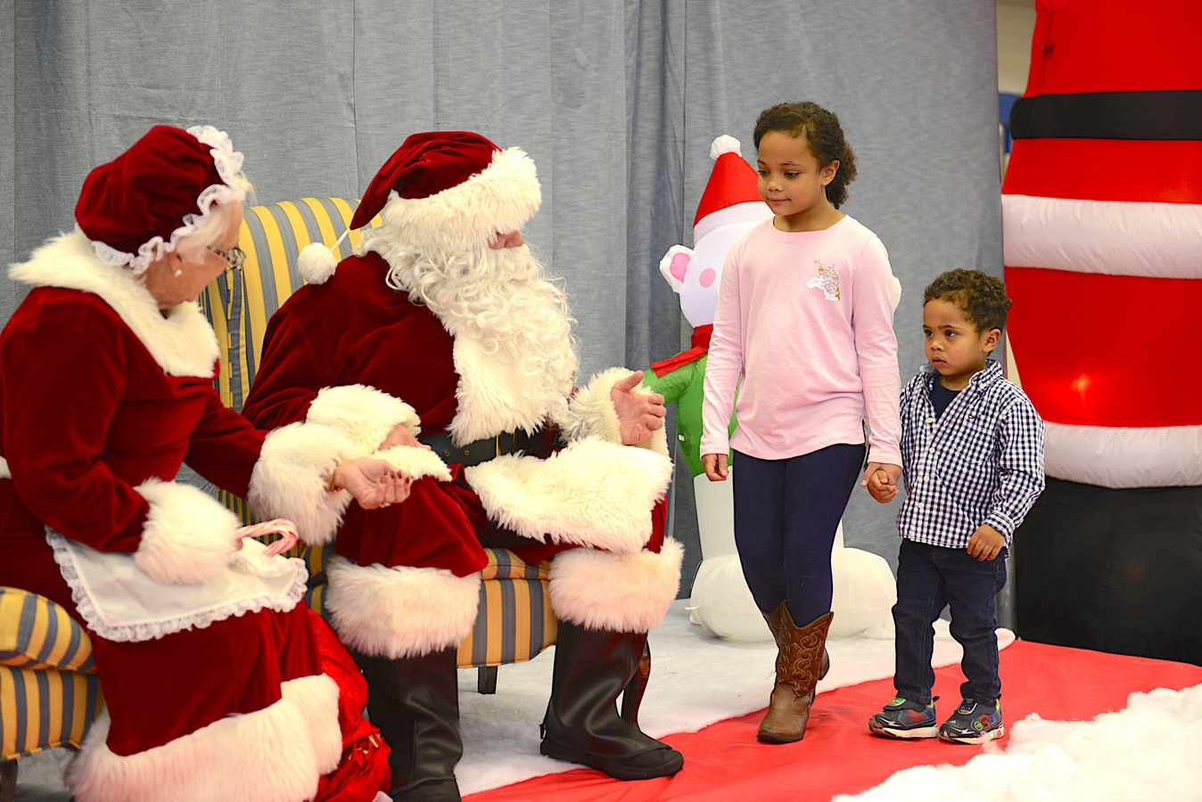 More Than 500 Area Residents Attend Eighth-annual LWC Christmas Carnival